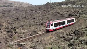 Treno 2 300x168 Railroad // Ferrovia Circumetnea