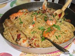 spaghettata FOOD & DRINKS